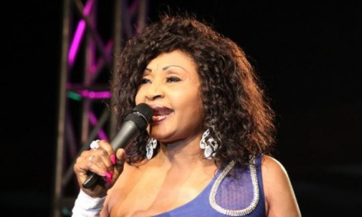 Faux, la chanteuse congolaise  Mbilia Bel n'est pas morte