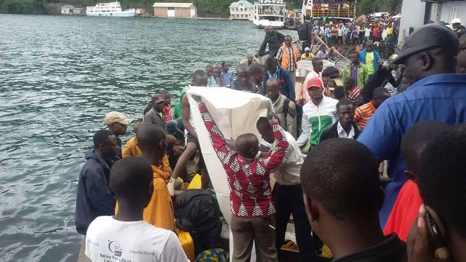 Des vieilles images déterrées pour illustrer une infox sur un naufrage sur le lac Kivu